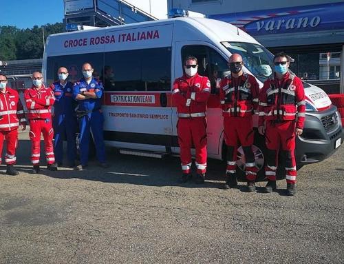 Oggi #crivillasanta é impegnata nell'assistenza sanitaria con un team di estrica…